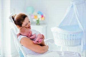 Ребенок и мать